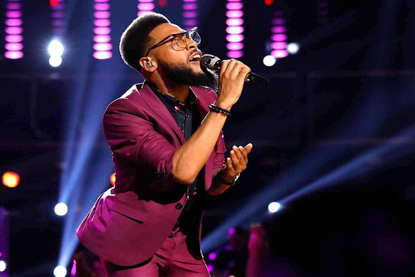 "Watch The Voice Season 12 Episode 17 Live Playoffs Night 1 Videos Monday, April 17, 2017. TSoul of Team Blake Shelton is one of my favorite singers/contestants this season! He put his own spin on Eddie Floyd's classic song ""Knock On Wood"", and it was phenomenal. Be sure to watch the video below to see his great cover!"