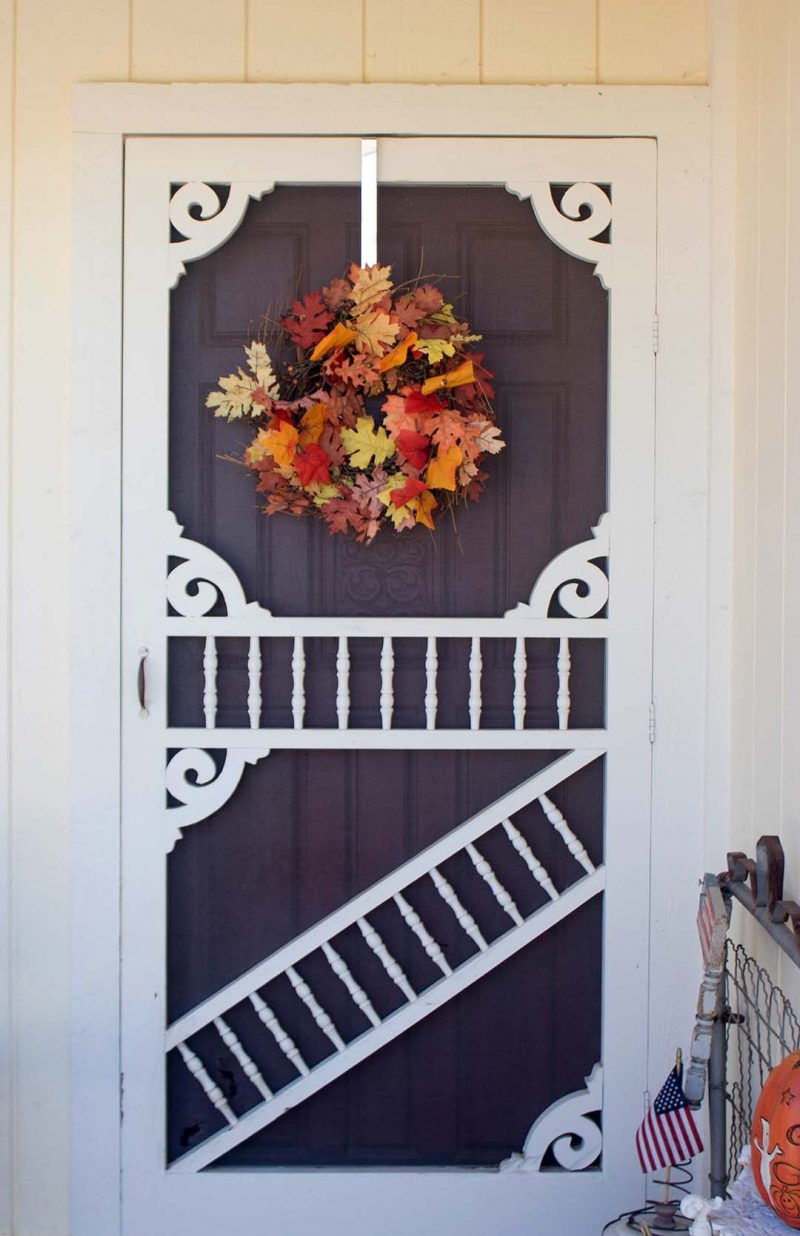 candace rose anderson fall wreath leaves front porch candieanderson blog